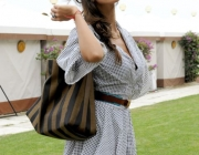 madalina-ghenea-wearing-out-my-shoes-009