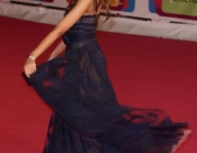 madalina-ghenea-wearing-out-my-shoes-015