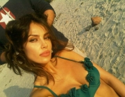 madalina-ghenea-wearing-out-my-shoes-044